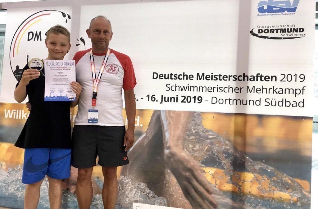 Mitja Bauer strahlender Deutscher Meister